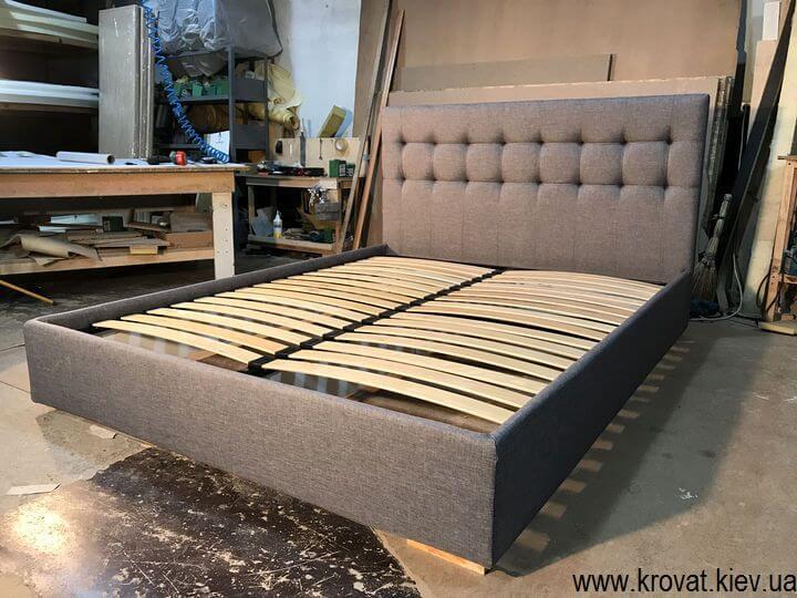 кровать с мягкой обивкой в Киеве