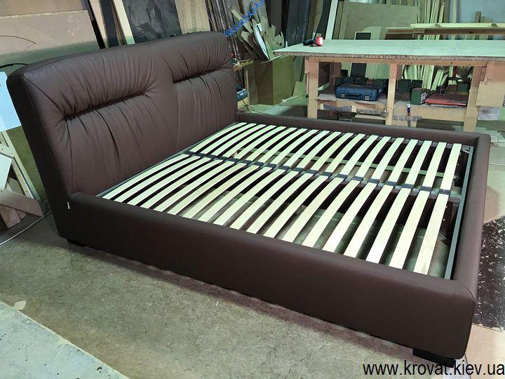 ліжко з м'яким узголів'ям і ящиком на замовлення