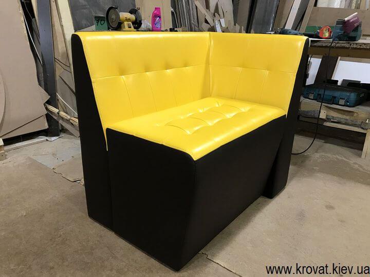кухонный диванчик для маленькой кухни