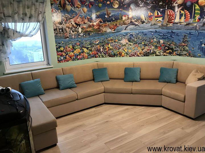 диван с углом 135 градусов в интерьере