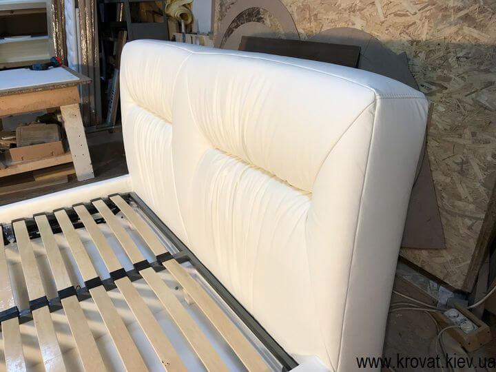 кожаные кровати от производителя на заказ