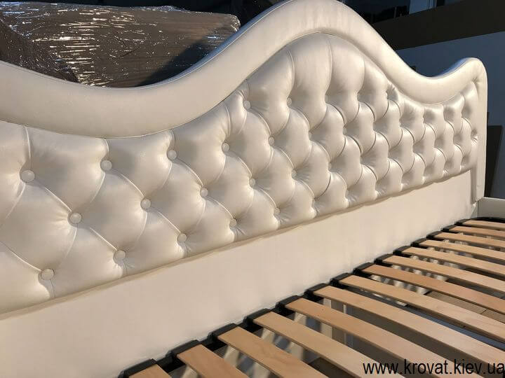 белые кровати на заказ