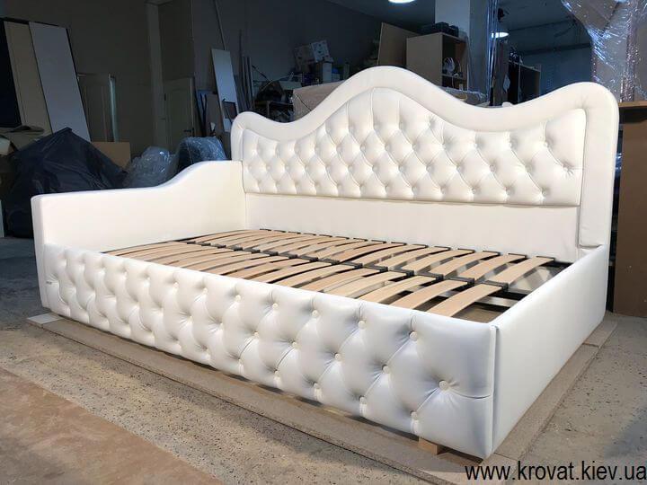 полуторная кровать с капитоне на заказ
