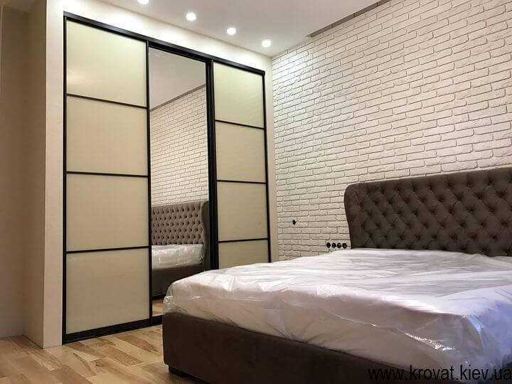 шафи в спальню на замовлення
