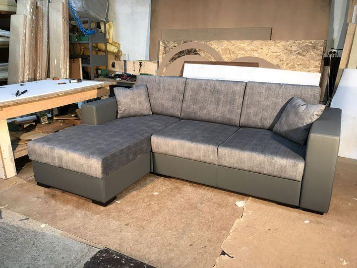 диван сірого кольору на замовлення