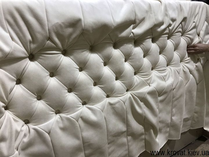 изготовление белых кроватей на заказ