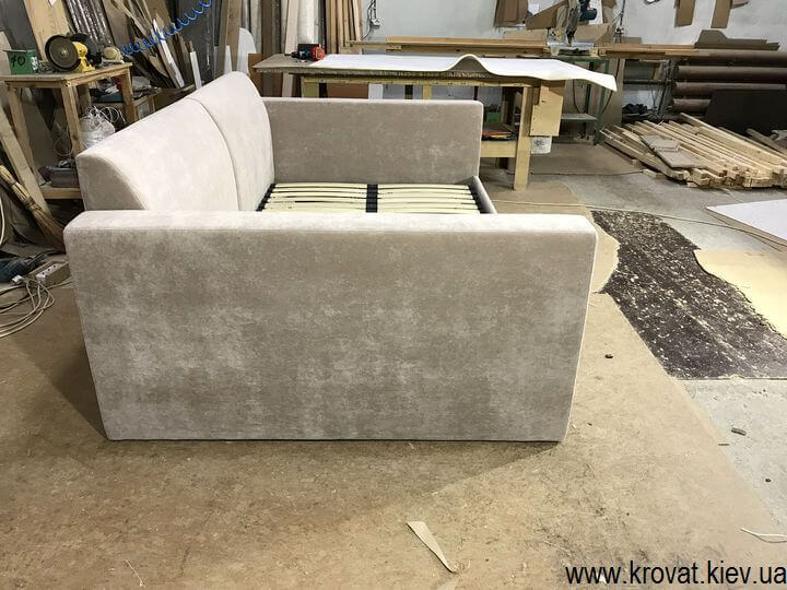 диван с матрасом на заказ