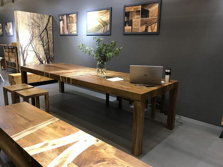 стол из дерева орех от производителя в Украине