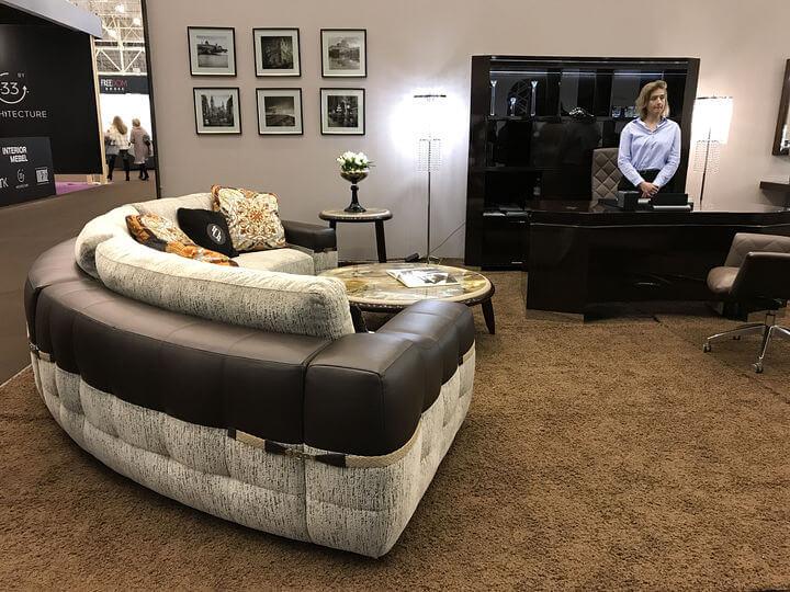 итальянские диваны в Киеве на выставке
