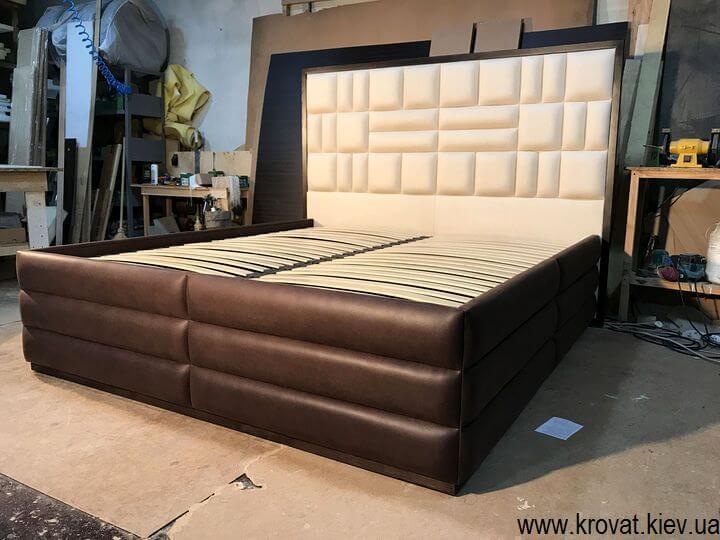 кровать в американском стиле