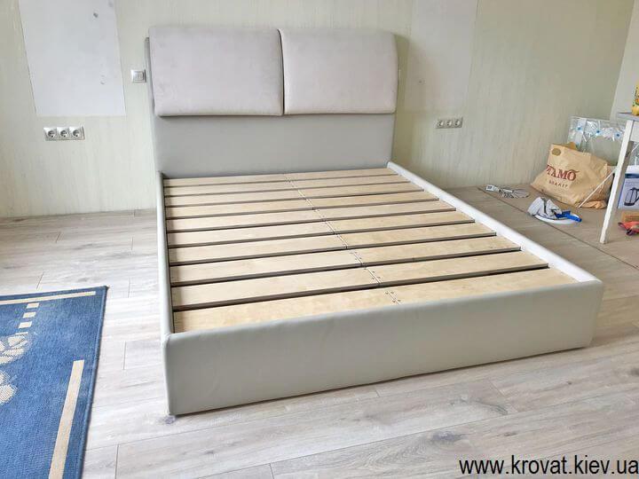 ліжко без підйомного механізму в спальню на замовлення