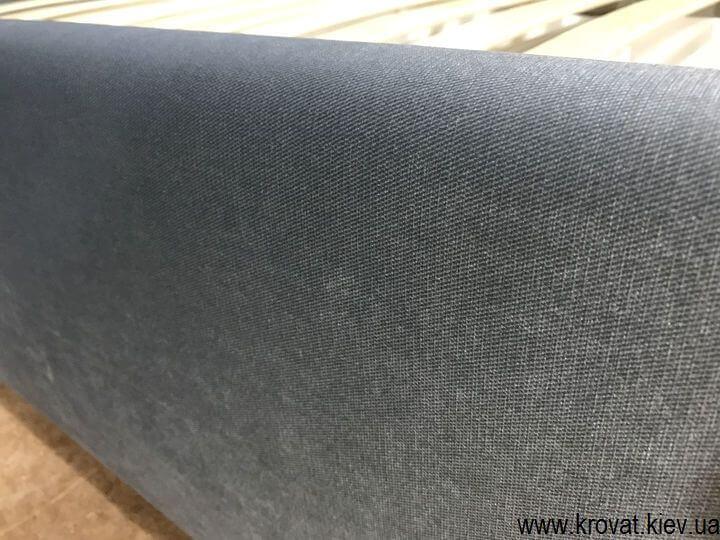 угловая двуспальная кровать в ткани на заказ