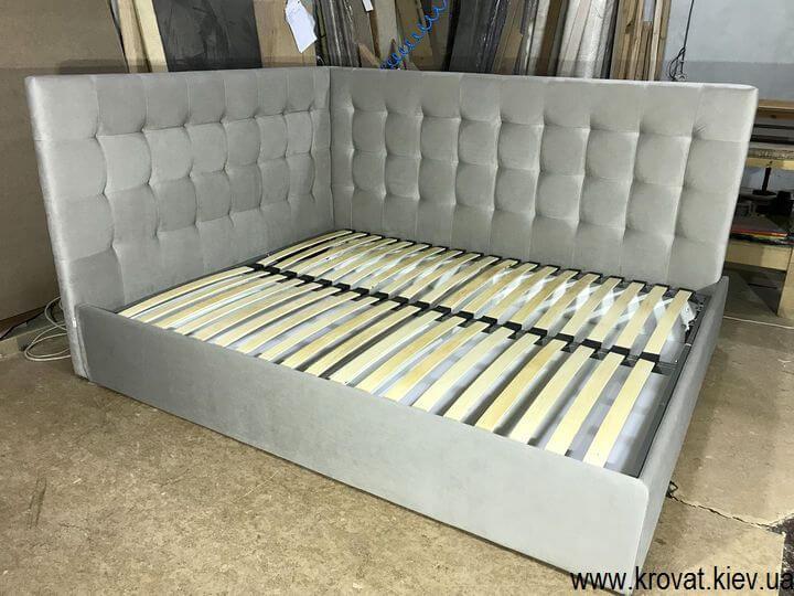 кутове двоспальне ліжко на замовлення
