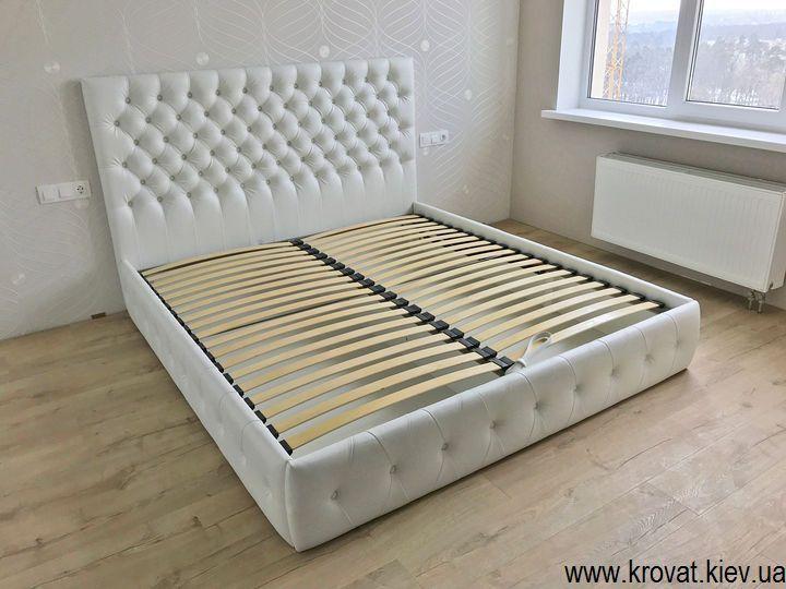 ліжко без ніжок