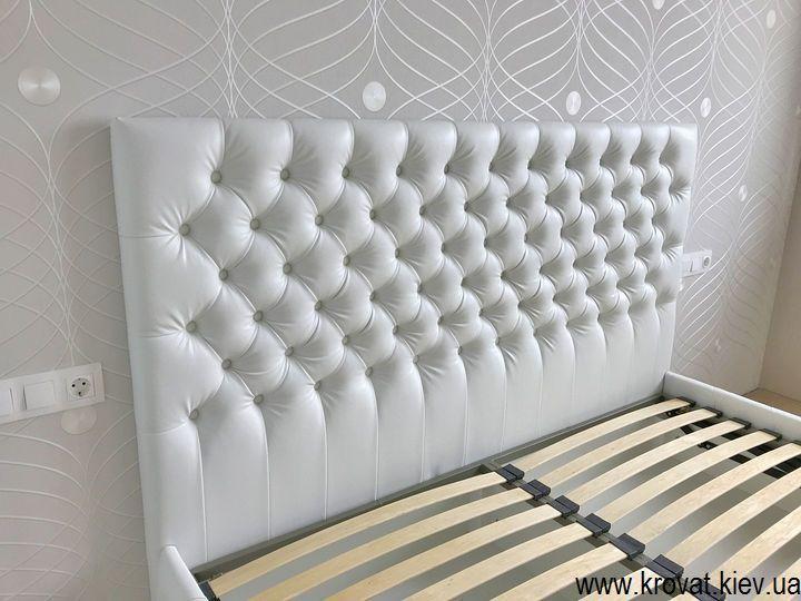 кровать без ножек с капитоне на заказ