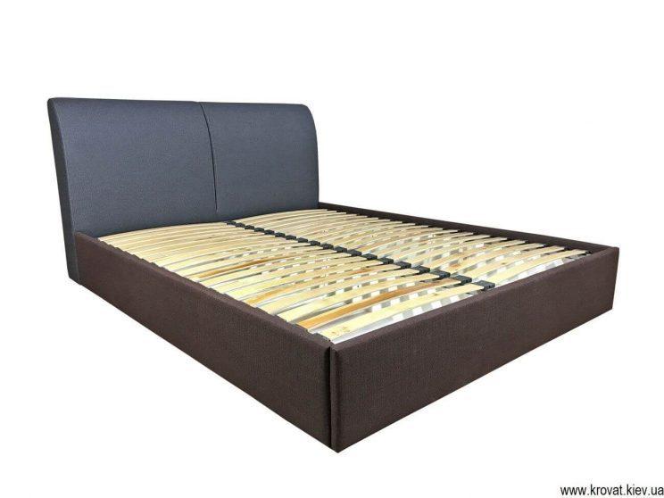 кровать с мягким подголовником