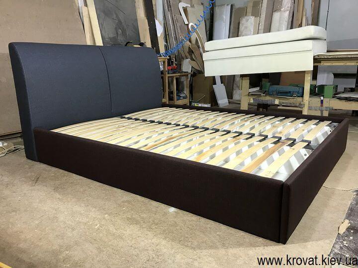 изготовление кроватей с мягким подголовником на заказ
