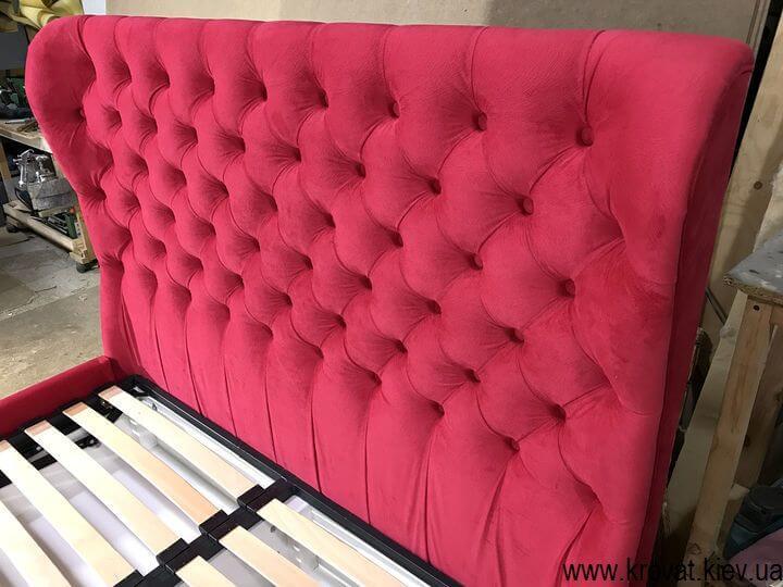 червоне ліжко з підйомним механізмом