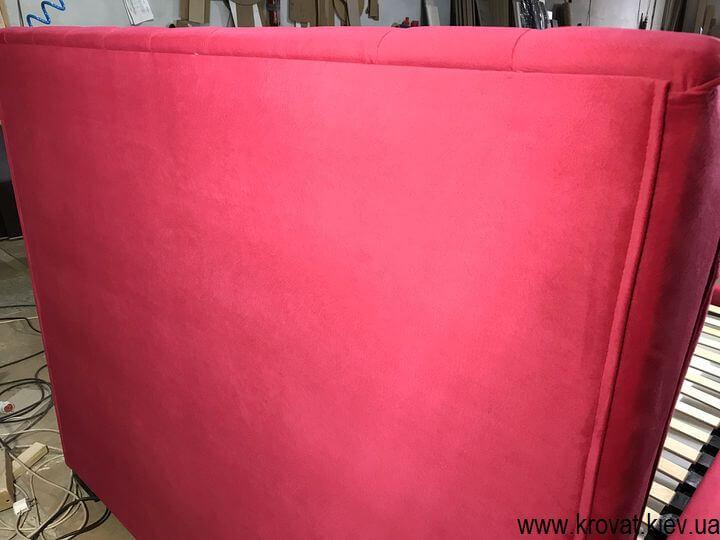 кровать в красной ткани на заказ
