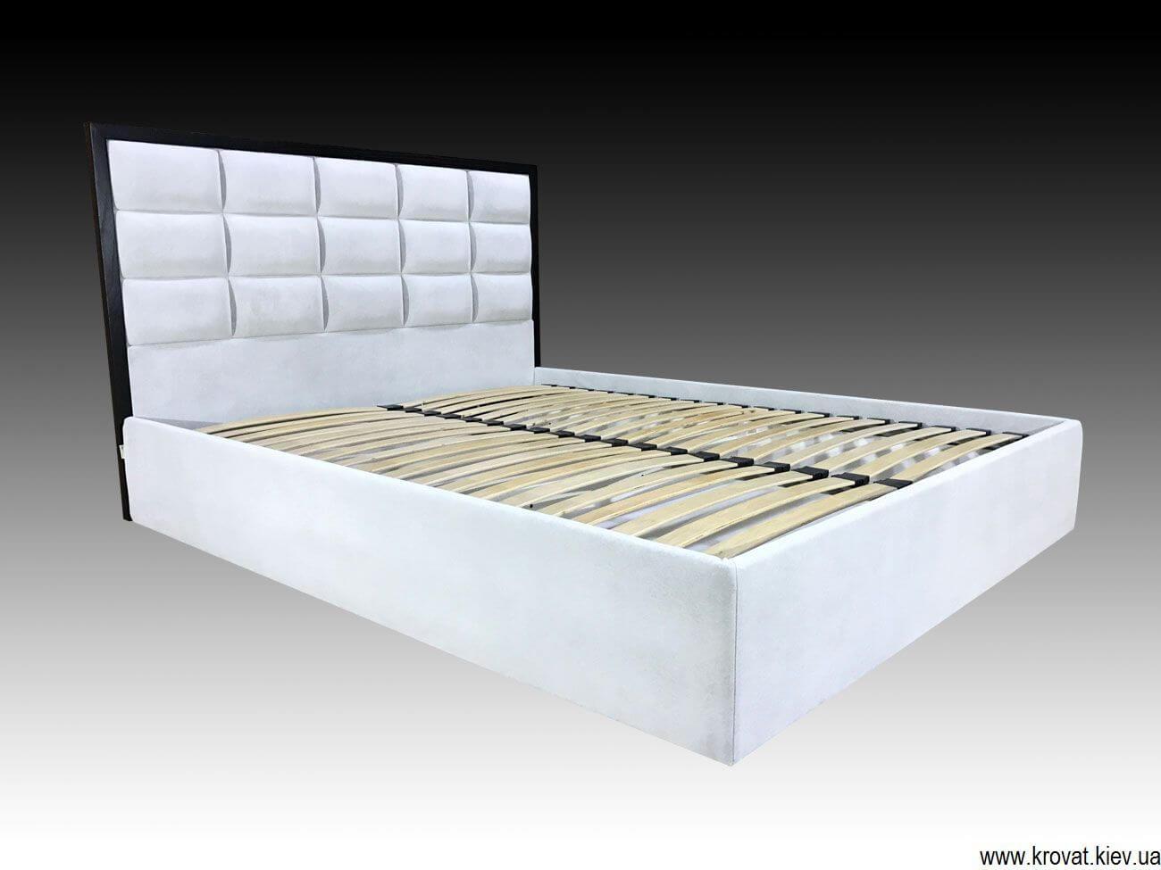 двуспальная кровать с мягкой спинкой на заказ