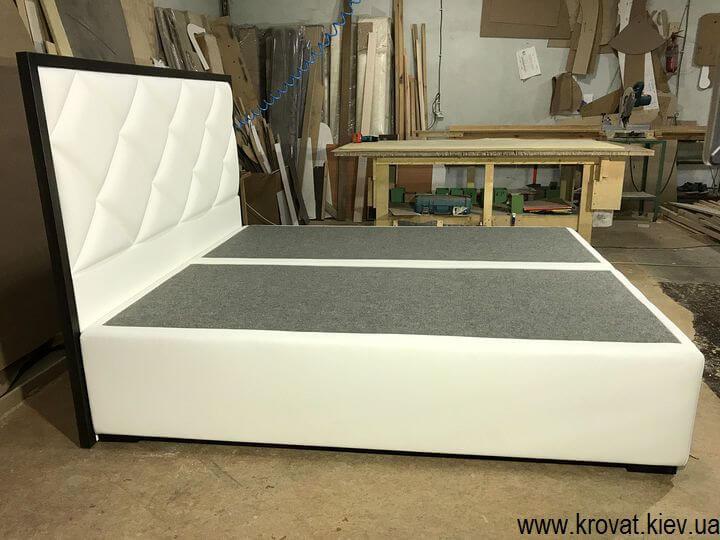 высокая современная кровать на заказ