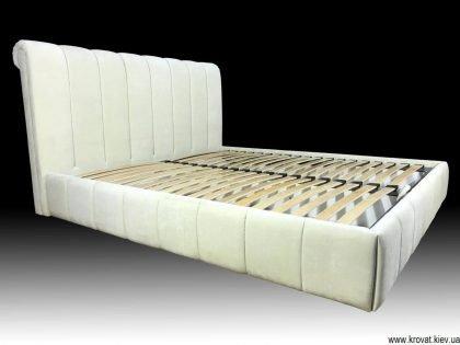 новая кровать по распродаже со скидкой 50% в ткани