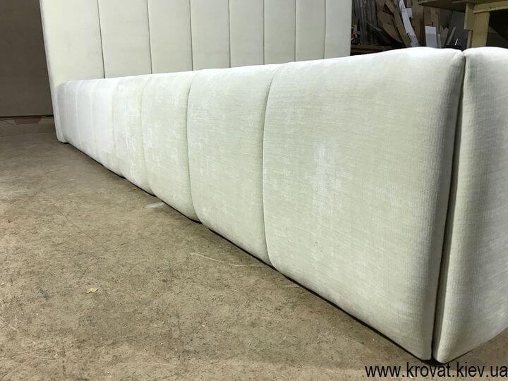 стильная кровать в ткани на заказ