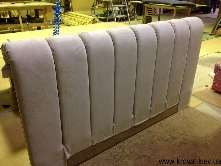 производство стильных кроватей на заказ в Киеве