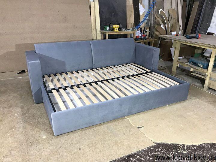 диван-кровать с ортопедическим матрасом на заказ