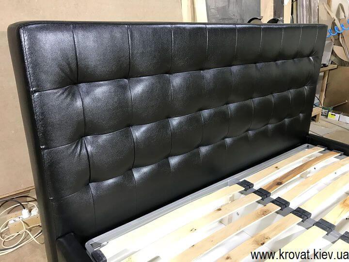 кровать из кожзама с нишей для белья на заказ