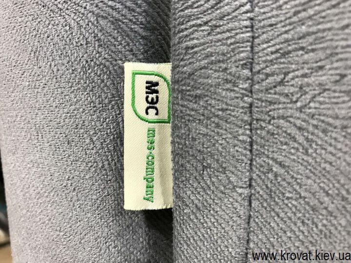 виробник ліжок з узголів'ям з тканини на замовлення