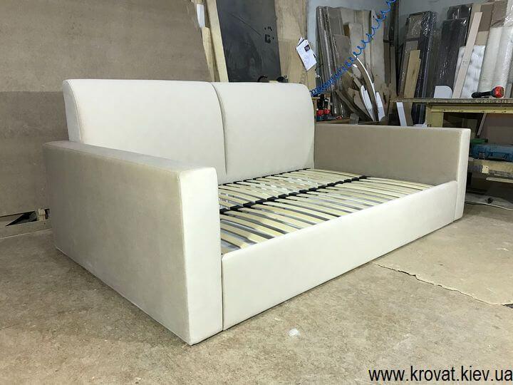 диван с ортопедическим основанием на заказ