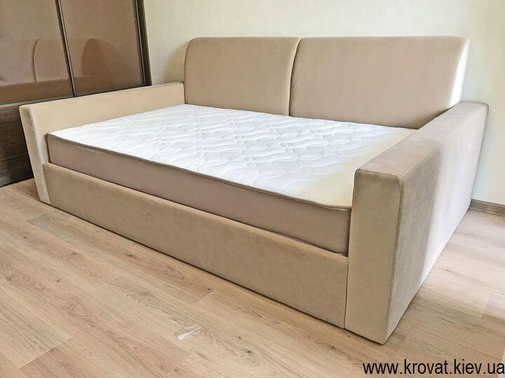 диван-кровать в интерьере спальни на заказ