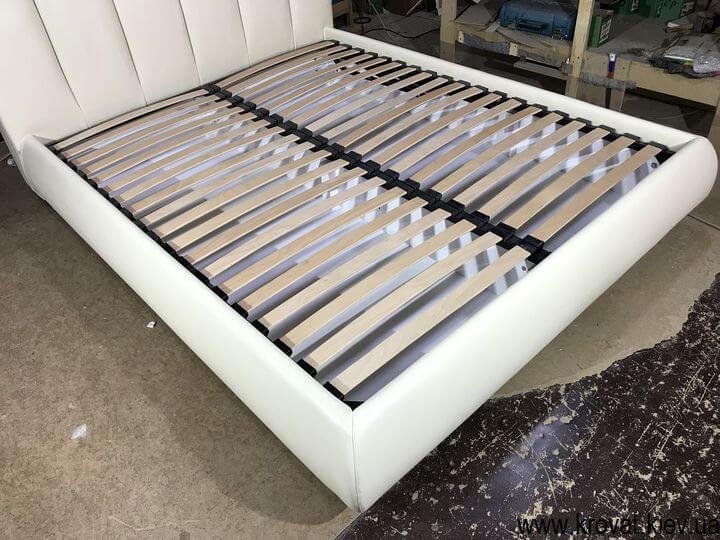 двуспальная кровать евро размер для спальни на заказ