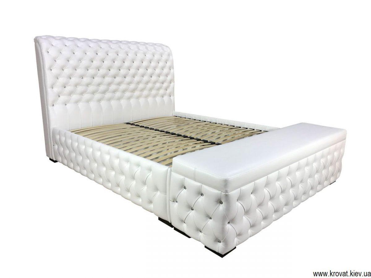 ліжко з пуфом