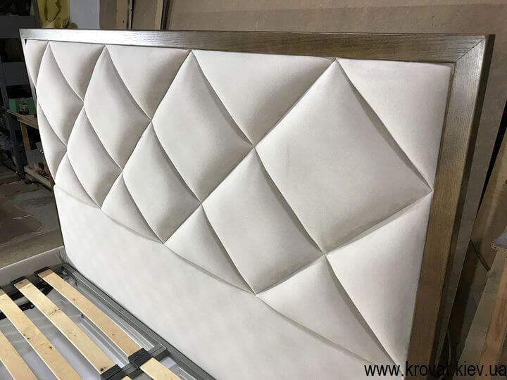 производство высоких кроватей на заказ