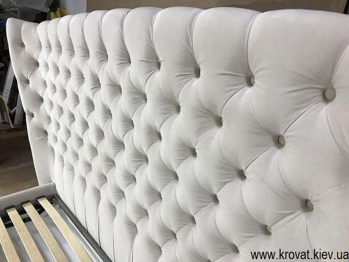 мягкая кровать с высоким изголовьем на заказ