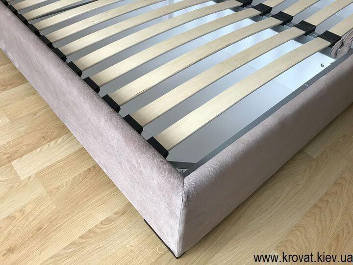 изготовление кроватей с низким изголовьем на заказ