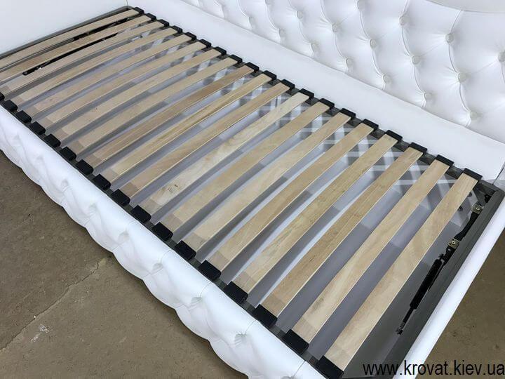 односпальная кровать с бортиком киев