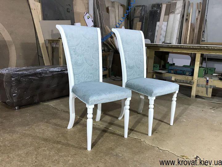 деревянный стул с мягким сидением на заказ