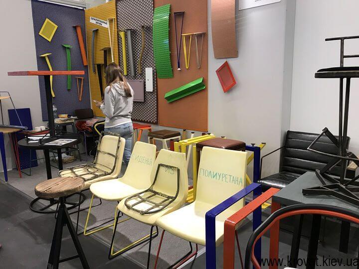 металлические комплектующие на выставке мебели 2018 в Киеве