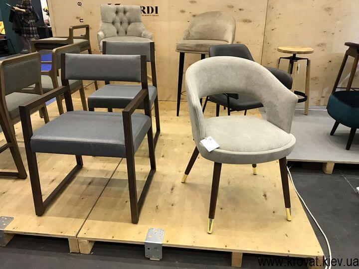 стулья для кафе на выставке мебели 2018 в Киеве