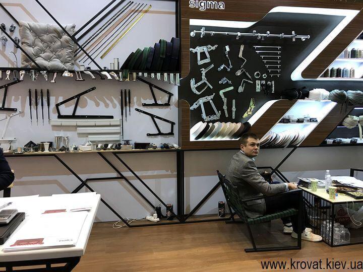мебельная фурнитура на выставке мебели в Киеве 2018