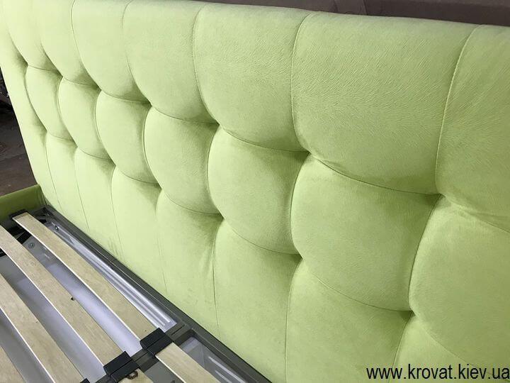 зеленая кровать с мягкой боковой спинкой на заказ