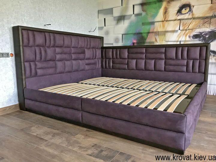 двуспальная кровать 200х220 в угол спальни на заказ