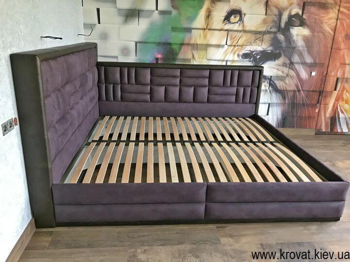 стильная кровать в спальню на заказ