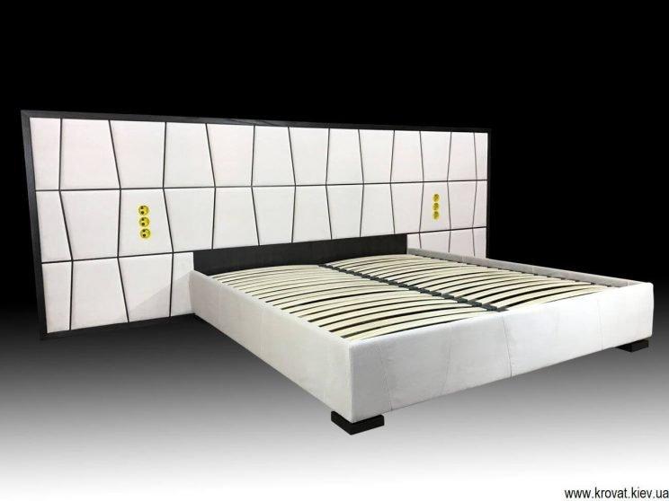 кровать Верона с деревянным обрамлением изголовья