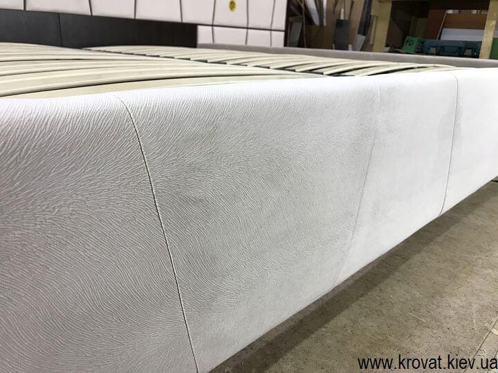 эксклюзивная кровать в ткани на заказ