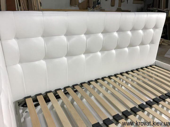 белая угловая кровать для подростка на заказ
