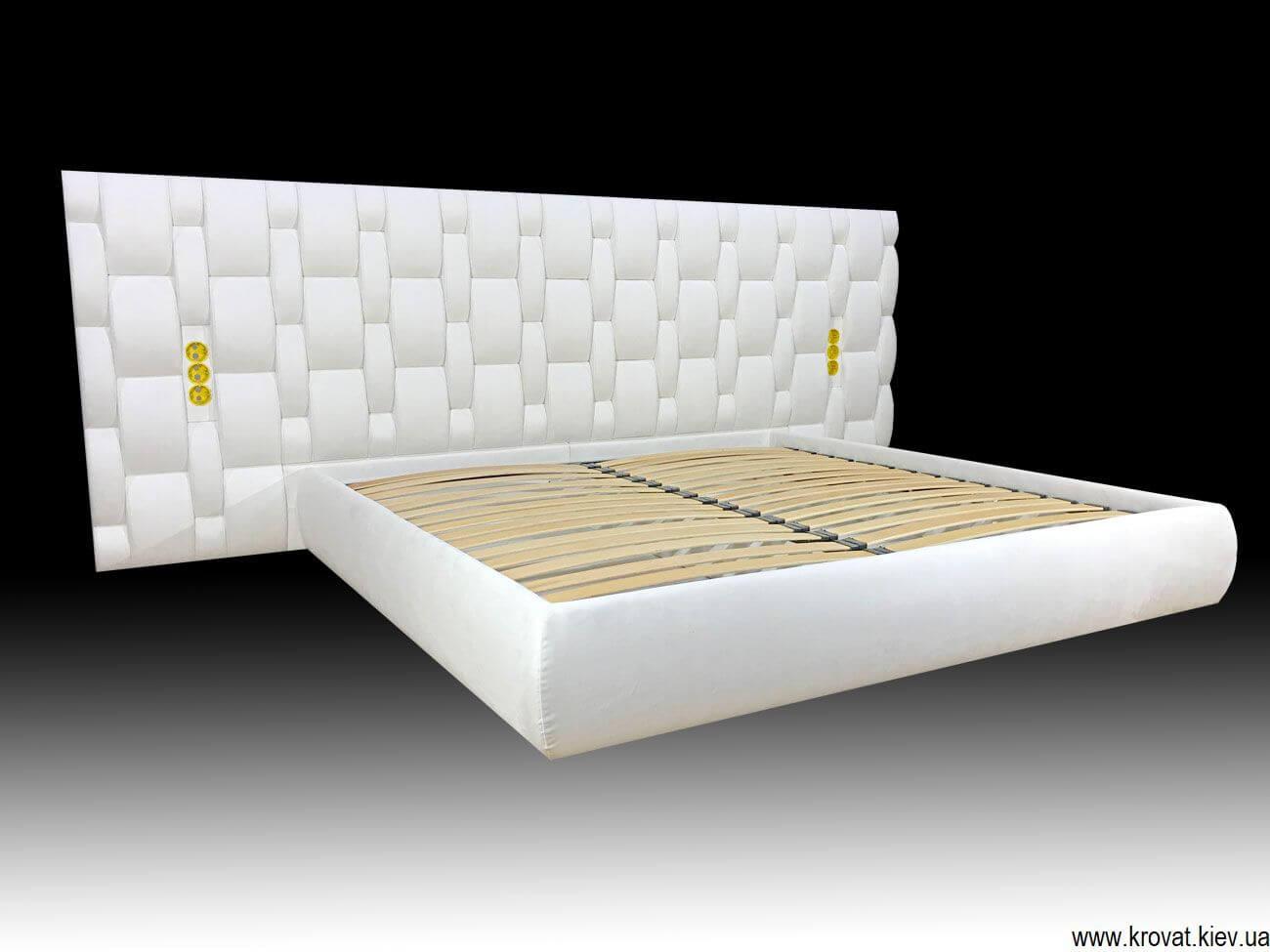 кровать с широким изголовьем на заказ в виде переплетений